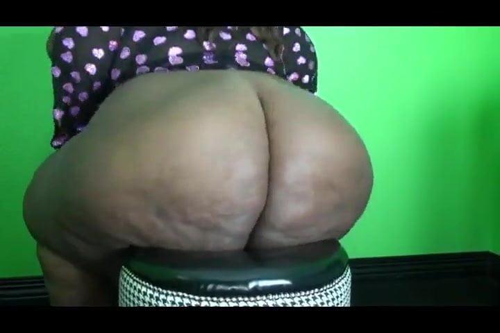 Big Booty Latina Teen Amateur