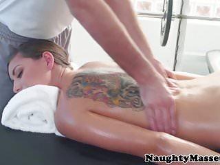 Massage before fucked...