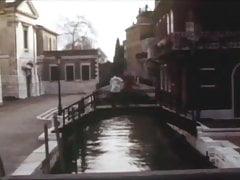 Le Voyage A Venice.