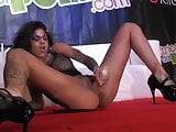 Bonnie Rotten woman fountain puts it everywhere!