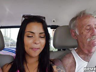 Nikki kay enjoys gangbang men...