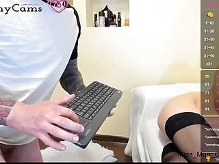 Watch reside {couples} chatting on Xhornycams.com!
