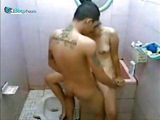 ngentot di bathroom