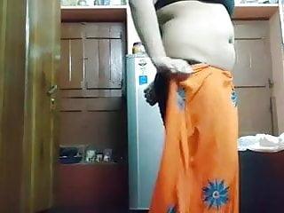 Aunty bhabhi saree...