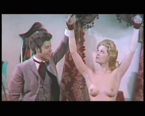 Sue Longhurst  nackt