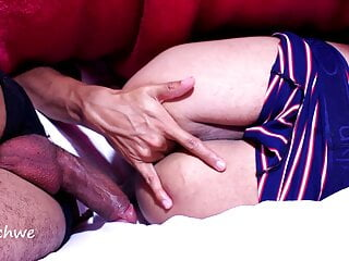 Bi curious dude bangs buddy under the covers