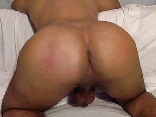Shaking ass...