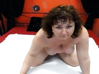 Sex s chlupatou mámou