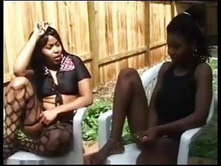 Afro Girls Taste Pussys