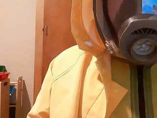 Layers latex pvc rainwear gasmask...