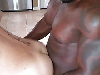 Pito Savage fucks OVi Rusty G