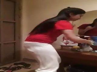 Pakistani Girl vulgar dance