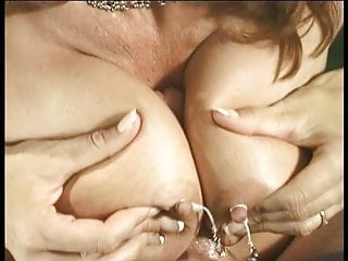 Big tits hottie blows a lucky dude