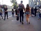 Hot ass in the street