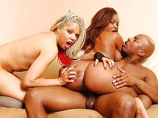 Ebony and Ivory suck it then lesbo fuck that wet pussy