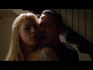 Scarlett johansson hot fucking kissing video...