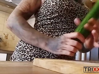 vegan pussy! today there is cucumber  very deep inside! titsPorn Videos