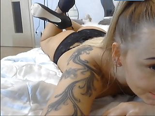 Polish pretty blond slut shows how to suck dick ( wibro )