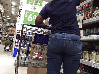 Upshot Mature Ebony Plump Booty