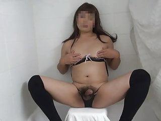 Amateur Big Cock Asian CD Masturbates