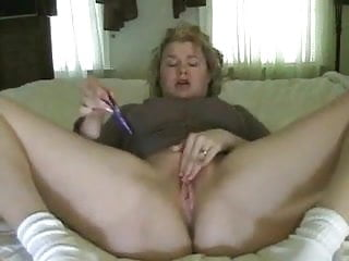 Real amateur squirt...