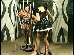 BDSM RETRO PIERCING FOTZE