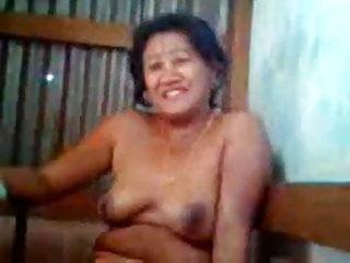 Hot auntie...