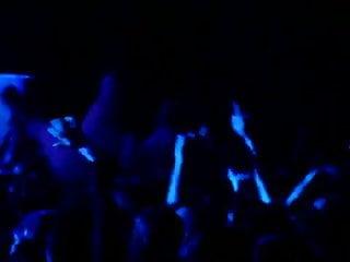crowd123