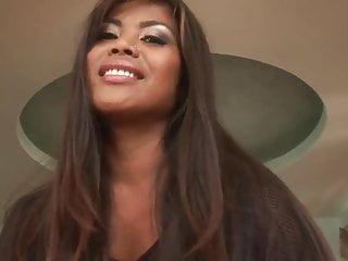 Ebony sexy...