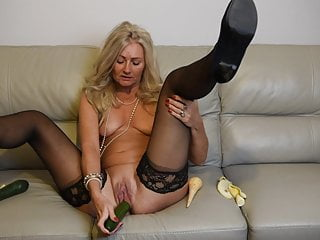 MATURE Ellen B Gets Her 5-A-DayDP, Fruit & Veg Solo