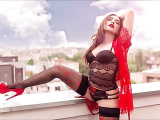 CamGirl IvyDivine Legs With Black Stockings 16.11.19