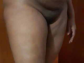 Stretch marks black milf pussy...