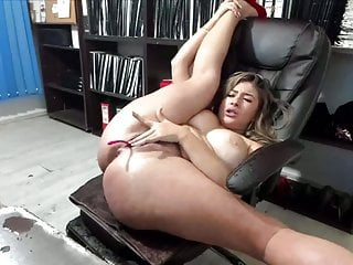 Busty squirt queen natacha is orgasm on cam...