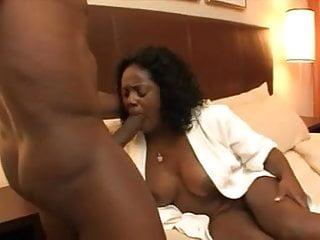Mandingo's Ebony Cougar #2...Kyd!!!
