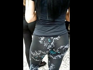 Big ass in gym