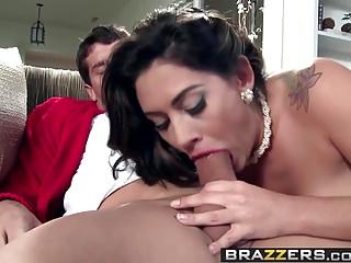 Brazzers Mommy Got Boobs Leave It To Moms Scena del castoro
