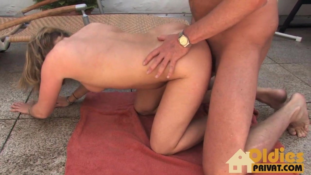 Amateur Frat Party Fucking