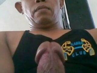 Indonesian Bodybuilder Daddy Solo