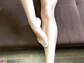 Footjob from the hot brunette...