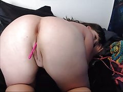 Curvy bbw cam girl with ass and pussy play