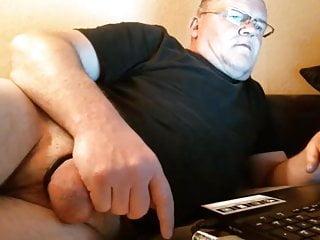 سکس گی Handsome Dad masturbation  gay muscle (gay) gay daddy (gay) fat  daddy  big cock  bear