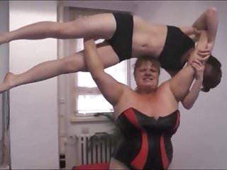 Female wrestling anna konda beat dominate and lift...