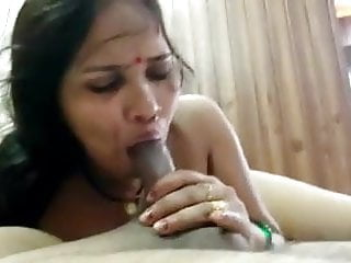 SEXY MATURE BITCH ENJOYING WITH HER SON-IN-LAW IN HOTEL 1