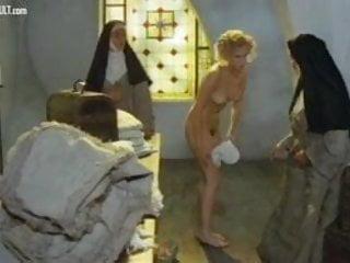 Eleonora Giorgi Storia di una monaca di clausura