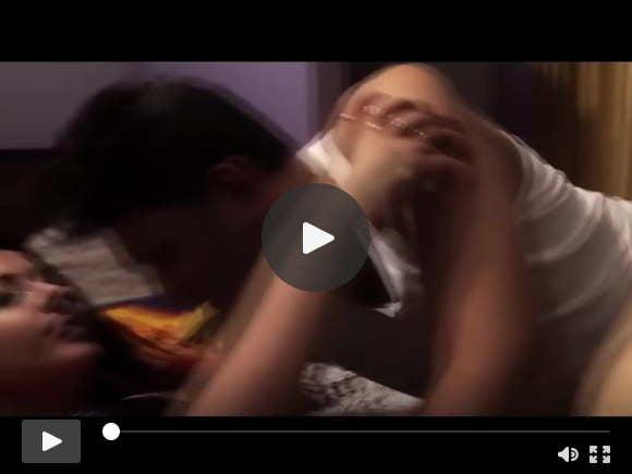 उपशीर्षक के साथ मेहमानों को पूर्ण बंगाली लघु फिल्म का भुगतान करना