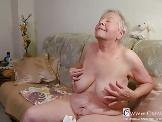 Real OmaGeiL Closeup Pussy Granny Juicy Video