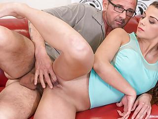 VIP SEX VAULT -Czech Babe Bella Scaris Bangs Hard In Casting