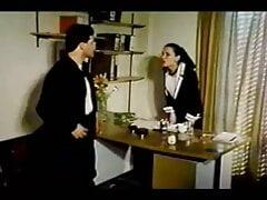greek porno kai i proti daskala (1985)