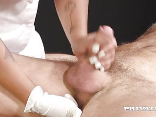 Private.com - Thick Chick Chloe Lamour Sucks & Fucks A Cock!