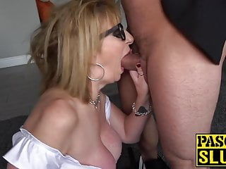 Submissive mom from Britain loves tough fuck consultation